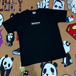 "Camiseta Supreme Logo Box ""Black"" - Preta"