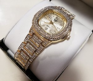 """Relógio Techno Pave """"Iced Out"""" - Gold"""
