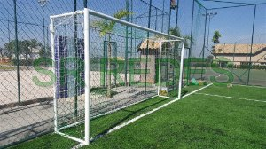 Rede de Gol Colorida Listrada para Futebol Society de 5 metros no Fio 6 e Malha 12 Modelo Caixote ou Véu