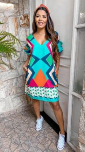 Kit 3 vestidos + 1 Blusa