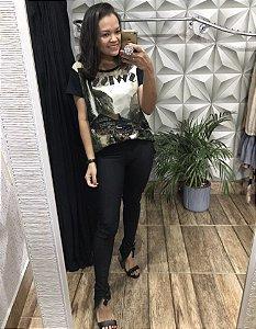 T-shirt em malha