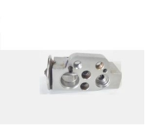 Válvula De Expanssão Do Ar-condicionado 5u0820679