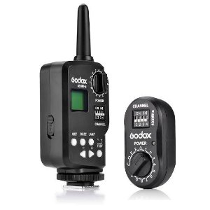 Rádio Flash Godox FT-16 16 Canais USB