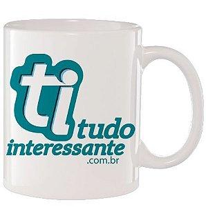 Caneca de Porcelana Tudo Interessante - Logo