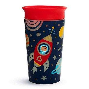 Copo 360 Astronauta Munchkin brilha no escuro