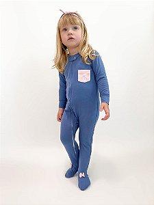 Macacão algodão Azul com pezinho e bolso rosa - Welpie