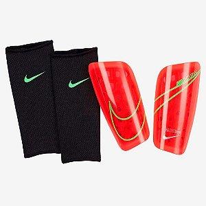 Caneleira Nike Mercurial - Vermelho
