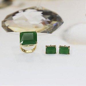 Brinco dourado com cristal esmeralda
