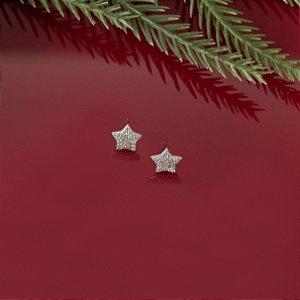 Brinco ródio branco em formato de estrela