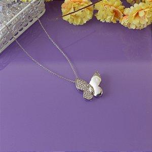 Colar de borboleta em ródio branco com cravação em zircônias