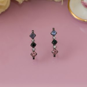 Brinco ear hook ródio negro com cristais coloridos