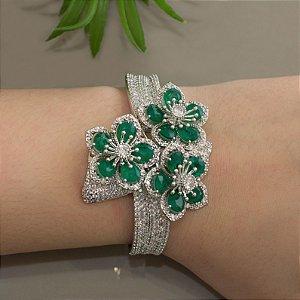 Bracelete ródio branco floral cravejado com zircônias e cristais esmeralda