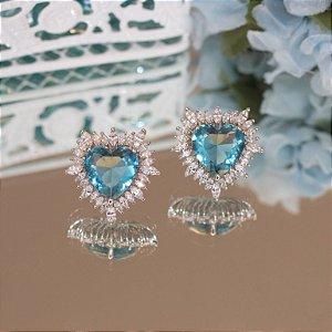 Brinco coração com cristal azul topázio em ródio branco