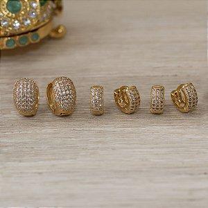 Brinco trio de argolas douradas cravejadas com zircônias