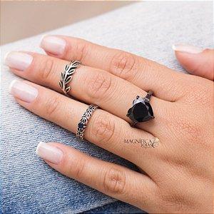 Anel coração com cristal ônix em ródio negro