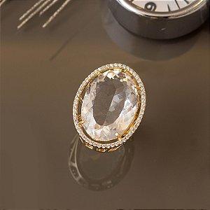 Anel com cristal transparente e micro zircônias cravejadas
