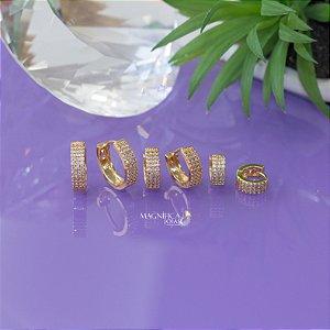 Trio de brinco de argolinhas douradas cravejadas em zircônias