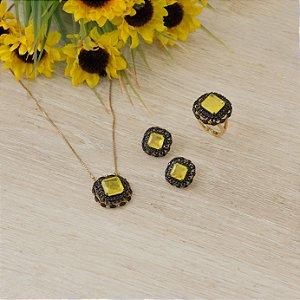 Brinco dourado com cristal yellow fusion e zircônias negras