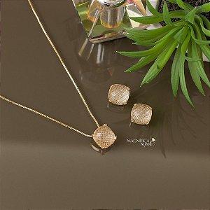 Conjunto de brinco e colar dourado com cristal transparente