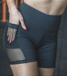 Short Fitness Bolso Lateral com Tela e Tule