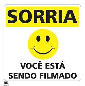 Placa Branca Sorria Você Está Sendo Filmado 20x20cm