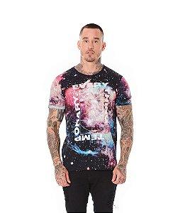 Camiseta Algodão Slim Corrosão Galaxia Everything Preto