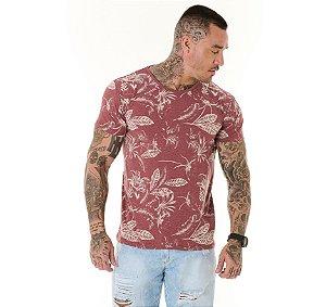 Camiseta Algodão Slim Full Corrosão Folhagens Mescla Bordo