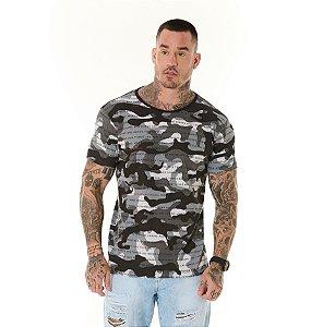 Camiseta Algodão Slim Full Camuflado Frase Preto