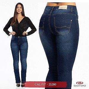 Calça Jeans Biotipo Feminina Cal Fit Cós Médio Com Elastano - 25280