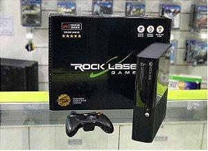 XBOX 360 -250GB - DESTRAVADO - SEMINOVO + 2  jogos  + kinect