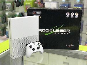 XBOX ONE S - 500 GB - SEMINOVO + 2 JOGOS SEMINOVOS A SUA ESCOLHA