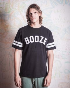 T-shirt Booze College