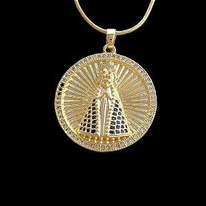 Pingente Medalha Nossa Senhora Cravejada - 2,7 X 2,9cm - Banhado a ouro 18k
