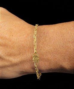 Pulseira Cadeado Cartie Elo Curto - Fecho gaveta com trava dupla  (4 MM ) 21cm - 6,6g - Banhado a ouro 18k