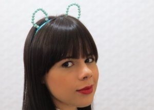 Tiara gatinho pérola (azul bebê)