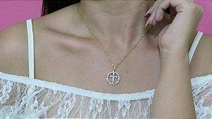 Correntinha ícone cruz, strass, dourada