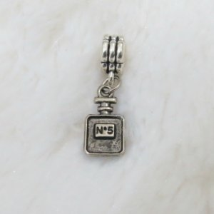 Berloque pingente, perfume channel nº 5, prateado