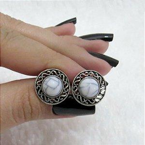 Brinco mini tarsi, off white, prateado envelhecido - REF B156