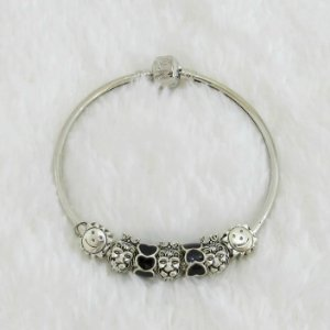 Pulseira prateada bracelete 21cm + 7 berloques, love, black - REF P208