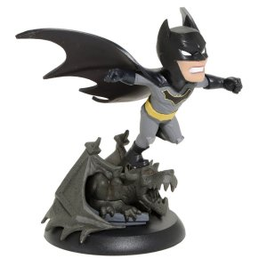 DCC0606 QMX DC COMICS Q-FIG BATMAN COM CENÁRIO 12CM