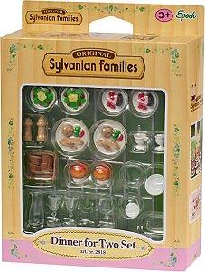 4717 SYLVANIAN FAMILIES CONJUNTO JANTAR PARA DOIS.