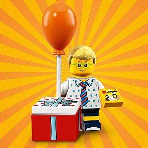 71021 LEGO FIGURAS SÉRIE 18 FESTA 40 ANOS MENINO COM BALÃO