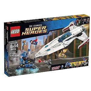 76028 LEGO DC COMICS  A Invasão de Darkseid
