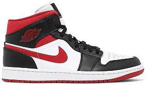 Tênis Nike Air Jordan 1 Mid - Black Gym Red