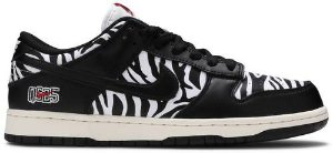 Tênis Nike Dunk Low SB x Quartersnacks