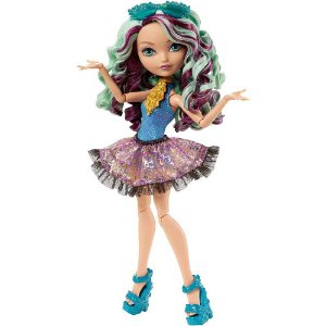Boneca Ever After High Madeleine Hatter Praia Encatada - Mattel