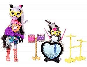 Mini Boneca Enchantimals Histórias Sage Skunk Puppe e Caper - Mattel