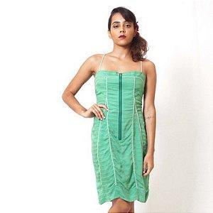 Vestido Recortes Debrum verde