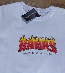 Camiseta Banks Branca Logo Fire