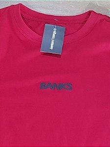 Camiseta Banks Vermelha Logo Preto